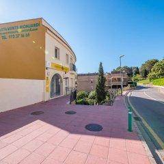 Отель Apartaments AR Monjardí Испания, Льорет-де-Мар - отзывы, цены и фото номеров - забронировать отель Apartaments AR Monjardí онлайн парковка