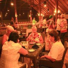 Отель Siddhalepa Ayurveda Health Resort Шри-Ланка, Ваддува - отзывы, цены и фото номеров - забронировать отель Siddhalepa Ayurveda Health Resort онлайн развлечения