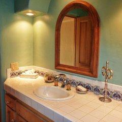 Отель Casa Lorena 4 Bedrooms 3.5 Bathrooms Home Педрегал ванная