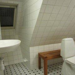 Отель Sankt Sigfrid Bed & Breakfast Швеция, Гётеборг - отзывы, цены и фото номеров - забронировать отель Sankt Sigfrid Bed & Breakfast онлайн ванная
