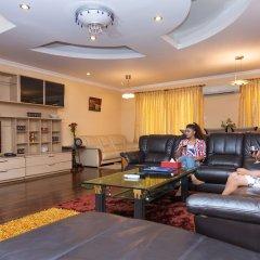 Отель Retreat Serviced Apartments Непал, Катманду - отзывы, цены и фото номеров - забронировать отель Retreat Serviced Apartments онлайн интерьер отеля фото 3