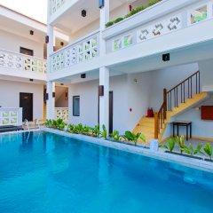 Отель Hoi An Corn Riverside Villa бассейн