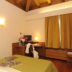 Отель Casaalbergo La Rocca Италия, Ноале - отзывы, цены и фото номеров - забронировать отель Casaalbergo La Rocca онлайн сейф в номере