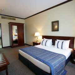 Отель Imperial Suites Hotel ОАЭ, Дубай - отзывы, цены и фото номеров - забронировать отель Imperial Suites Hotel онлайн сейф в номере