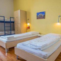 Отель A&o Leipzig Hauptbahnhof Лейпциг комната для гостей