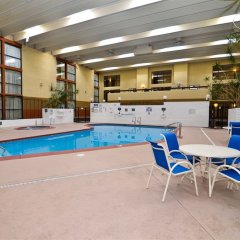 Red Lion Hotel Farmington In Farmington United States Of America From 94 Photos Reviews Zenhotels Com