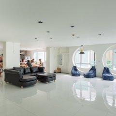 BearPacker Patong Hostel интерьер отеля фото 2