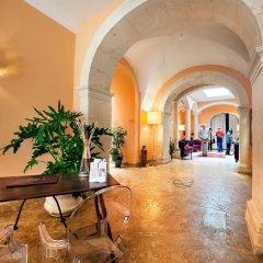 Отель Antico Hotel Roma 1880 Италия, Сиракуза - отзывы, цены и фото номеров - забронировать отель Antico Hotel Roma 1880 онлайн интерьер отеля