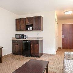 Отель Holiday Inn Express and Suites Lafayette East в номере