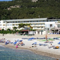Aquabella Beach Hotel пляж
