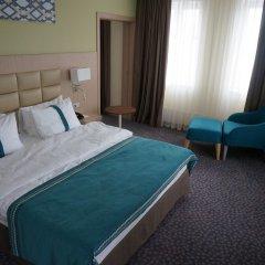 Гостиница Холидей Инн Уфа комната для гостей фото 4