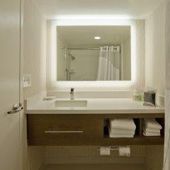 Отель Holiday Inn Washington-Central/White House США, Вашингтон - отзывы, цены и фото номеров - забронировать отель Holiday Inn Washington-Central/White House онлайн ванная