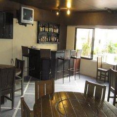 Отель Lancaster Hotel Cebu Филиппины, Лапу-Лапу - отзывы, цены и фото номеров - забронировать отель Lancaster Hotel Cebu онлайн гостиничный бар