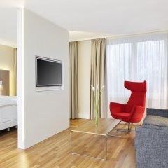 Отель NH Collection Hamburg City комната для гостей фото 2