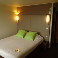 Отель Campanile Marseille St Antoine сейф в номере