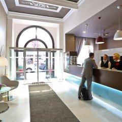 Отель Atlantic Hotel Чехия, Прага - 11 отзывов об отеле, цены и фото номеров - забронировать отель Atlantic Hotel онлайн интерьер отеля фото 2
