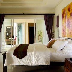 Отель Karon Beach Walk Villa комната для гостей