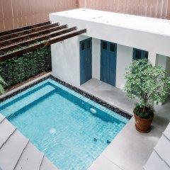 Отель Baan Vajra Бангкок бассейн фото 2
