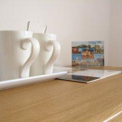 Отель Legends Hotel Великобритания, Кемптаун - отзывы, цены и фото номеров - забронировать отель Legends Hotel онлайн удобства в номере фото 2