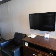 Отель Super 8 by Wyndham Los Angeles США, Лос-Анджелес - отзывы, цены и фото номеров - забронировать отель Super 8 by Wyndham Los Angeles онлайн удобства в номере