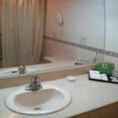 Отель Gold Hotel Китай, Шэньчжэнь - отзывы, цены и фото номеров - забронировать отель Gold Hotel онлайн ванная