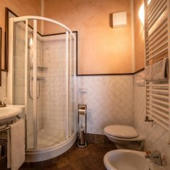 Отель Lo Teisson Bed And Breakfast Поллейн ванная