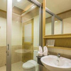 Отель Azure Phuket ванная