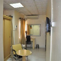 Solitude Hotel Yaba удобства в номере фото 2