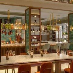 Sheraton Warsaw Hotel гостиничный бар