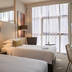 Отель Centro Capital Centre By Rotana комната для гостей фото 2