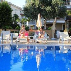 Club Amaris Apartment Турция, Мармарис - 1 отзыв об отеле, цены и фото номеров - забронировать отель Club Amaris Apartment онлайн бассейн фото 2
