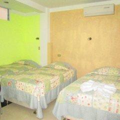 Ari's Hotel III комната для гостей фото 2