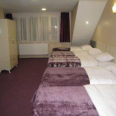 Отель Hôtel Méribel Брюссель комната для гостей