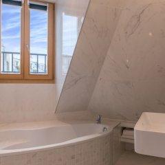 Отель Hôtel Aida Opéra Франция, Париж - 9 отзывов об отеле, цены и фото номеров - забронировать отель Hôtel Aida Opéra онлайн ванная фото 2
