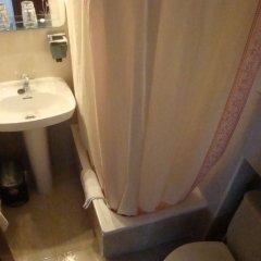 Отель Hostal Zamora Испания, Мадрид - отзывы, цены и фото номеров - забронировать отель Hostal Zamora онлайн ванная
