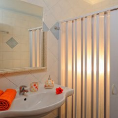 Отель Socrates Hotel Греция, Малия - 1 отзыв об отеле, цены и фото номеров - забронировать отель Socrates Hotel онлайн ванная фото 2