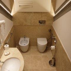 Отель Renaissance Италия, Флоренция - отзывы, цены и фото номеров - забронировать отель Renaissance онлайн ванная