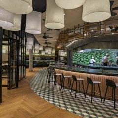 Отель Hyatt Regency Amsterdam гостиничный бар фото 5