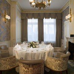Отель The Stafford London фото 2