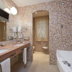 Отель Eurostars Centrale Palace ванная фото 2