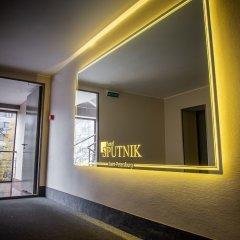 Отель Спутник Санкт-Петербург парковка