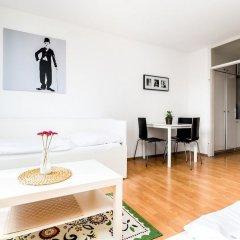 Апартаменты Apartment Höhenberg in Messenähe Кёльн комната для гостей фото 5
