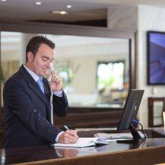 Отель Hipotels Sherry Park Испания, Херес-де-ла-Фронтера - 1 отзыв об отеле, цены и фото номеров - забронировать отель Hipotels Sherry Park онлайн интерьер отеля фото 3