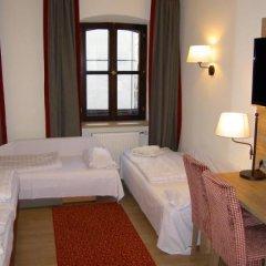 Отель EDER Мюнхен сейф в номере