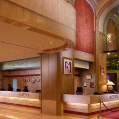 Отель Crowne Plaza Dubai интерьер отеля