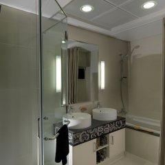 Отель DAMAC Maison Mall Street ванная фото 2