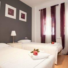 Отель Spanish Siesta Барселона комната для гостей фото 4