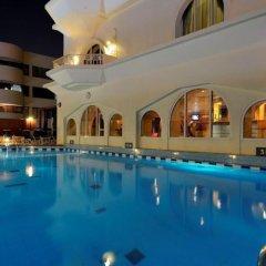 Ramada Hotel Dubai бассейн фото 2