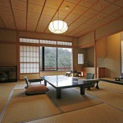 Отель Misasa Yakushinoyu Mansuirou Мисаса комната для гостей фото 5