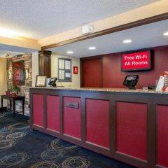 Отель Days Inn by Wyndham Charlottesville/University Area США, Шарлотсвилл - отзывы, цены и фото номеров - забронировать отель Days Inn by Wyndham Charlottesville/University Area онлайн интерьер отеля фото 2
